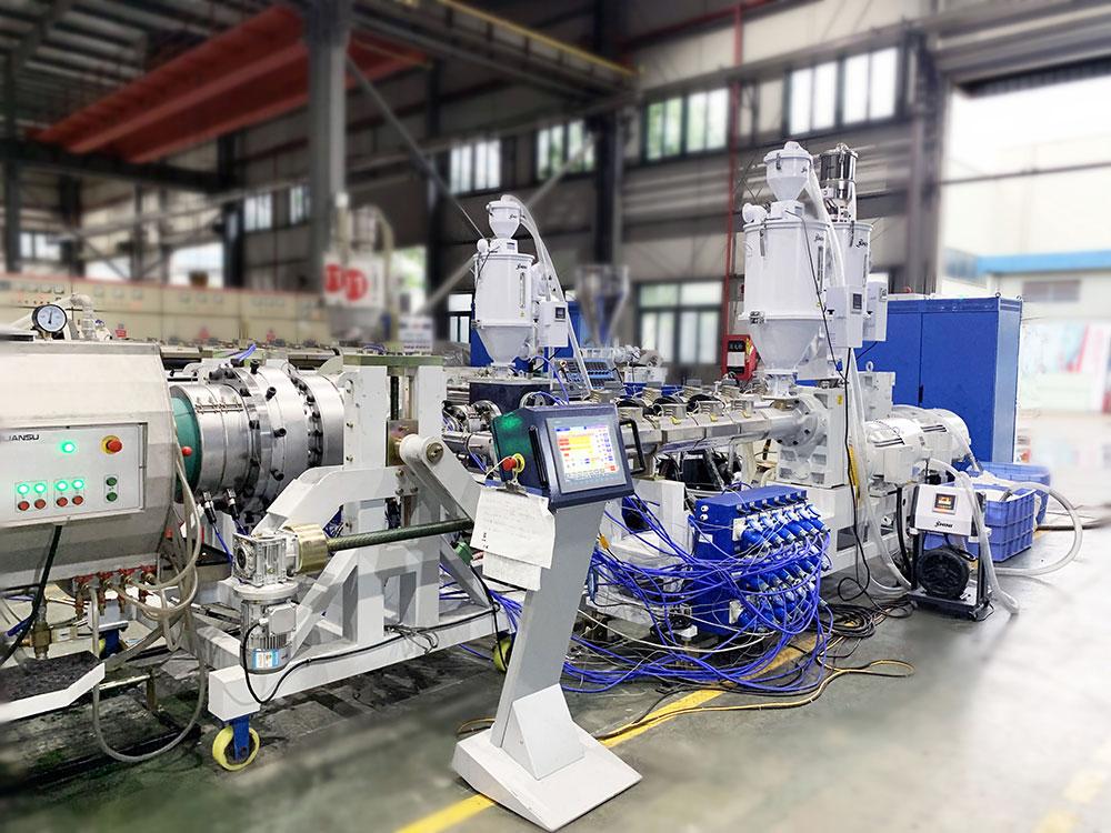 Linea de produccion de tuberia de presion de tres capas LSP-450HDPE